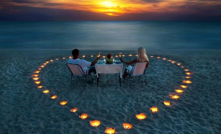 mesa romántica playa