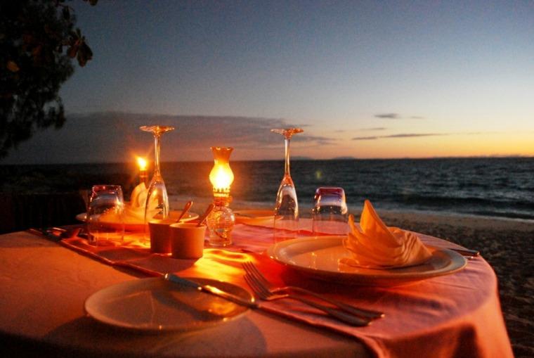 mesa romántica decoración