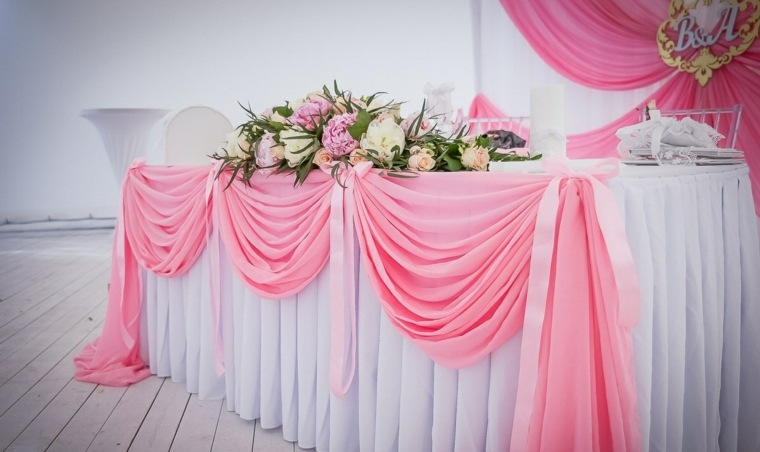 mesas dulces bodas diseno rosa blanco flores ideas