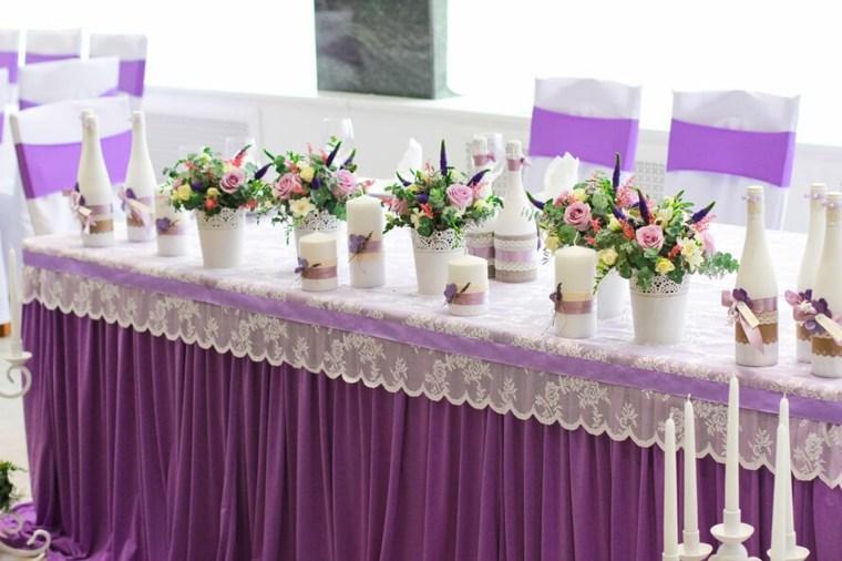 mesas dulces bodas diseno velas mantel purpura ideas