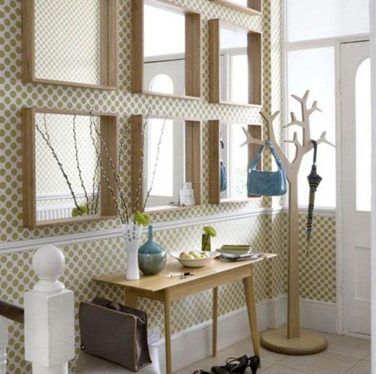 mueble recibidor estrecho decorado