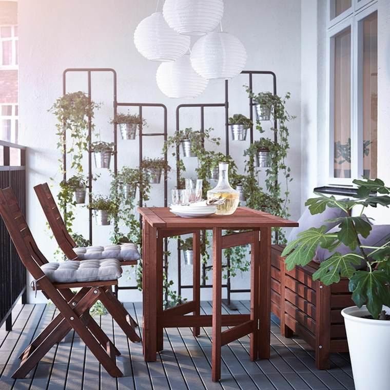 Balcones decoraci n para lugares estrechos y largos for Muebles de balcon