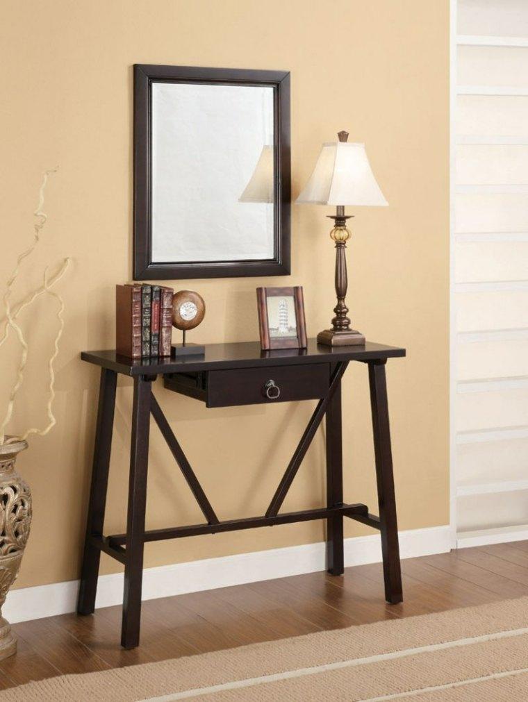 Recibidores estrechos decorados con mesas modernas -