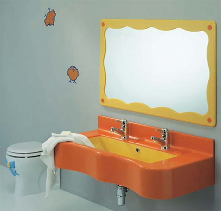 ba os infantiles los dise os m s divertidos y funcionales. Black Bedroom Furniture Sets. Home Design Ideas