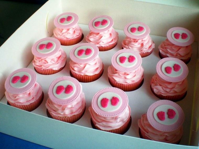 originales muffins color rosa