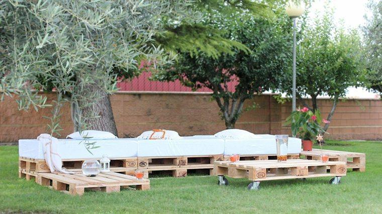 palets amontonados terraza chill