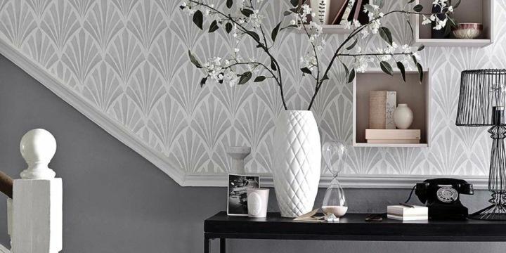 papel pintado recibidor gris contrastes bordes