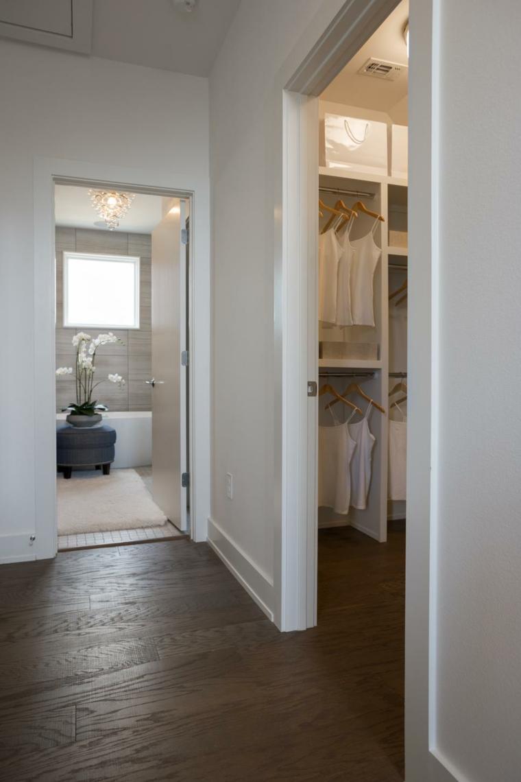 suelos madera paredes blancas colores