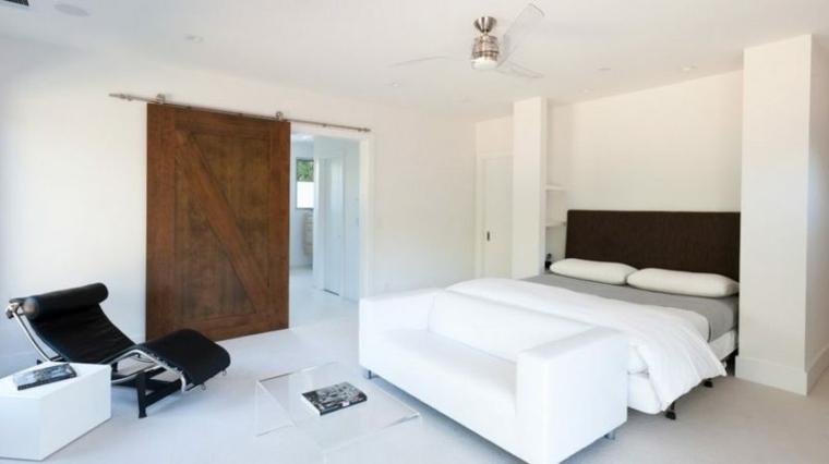 estupendas puertas correderas de madera para dormitorio