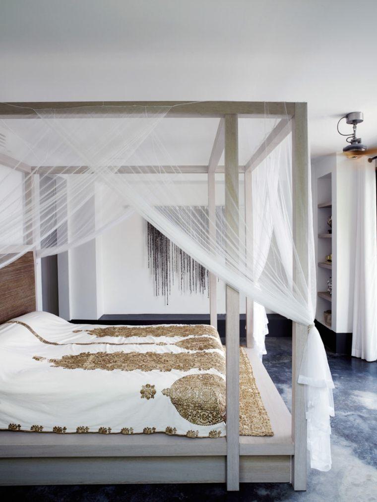 barras madera telas finas especiales cojines