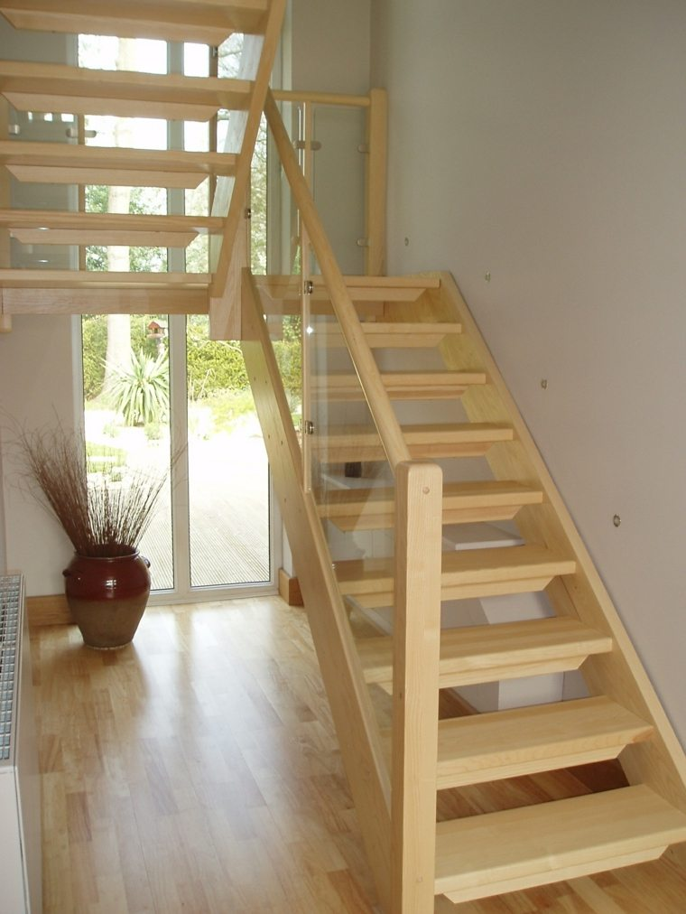 Escaleras r sticas de piedra y madera 34 dise os for Ideas para hacer escaleras interiores