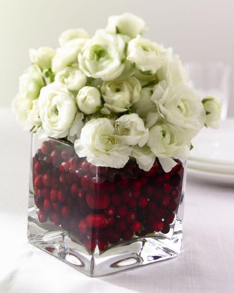 centro mesa bayas flores