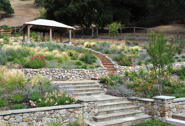 bonito diseño terrazas piedra