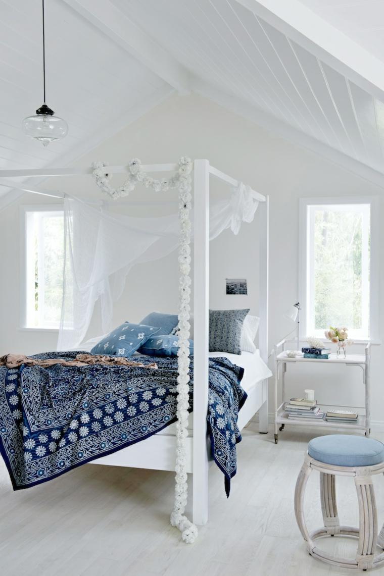 Camas diseños con dosel para dormitorios elegantes