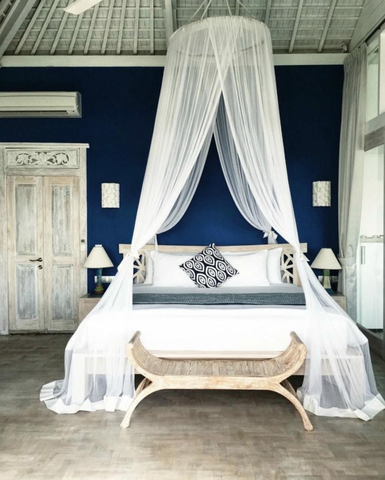 camas diseños vintage victorianos cortinas