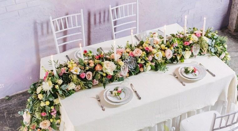 camino-mesa-flores-bellas-original-decoracion