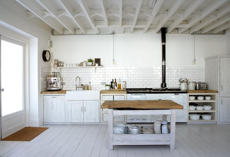 cocina blanca estilo rústico