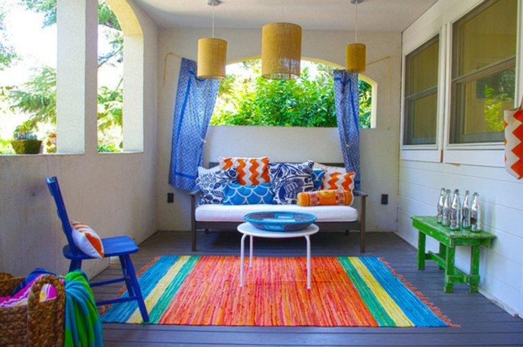 terraza decoración colores vibrantes
