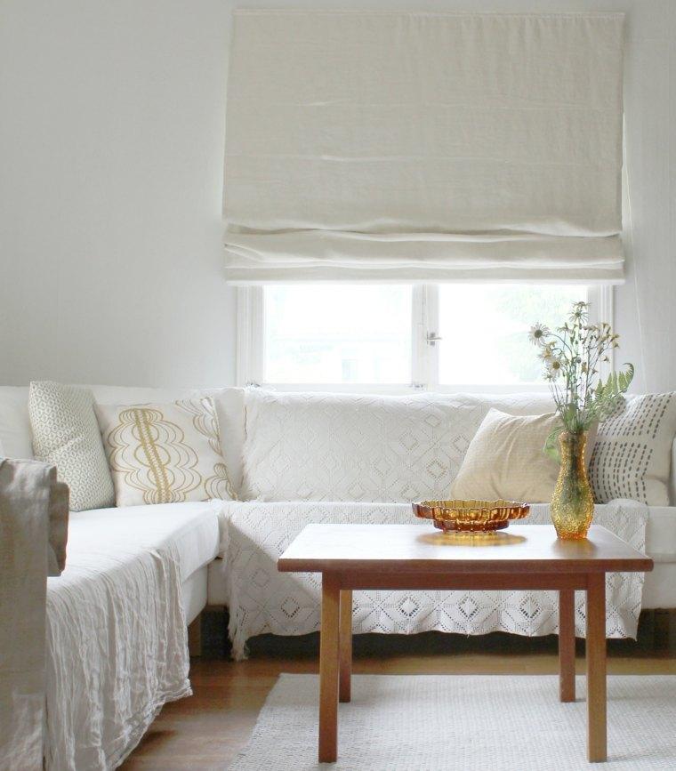 cortina enrollable blanca