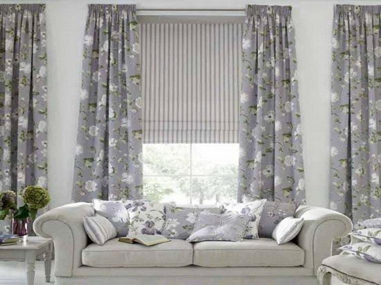 Cortinas para ventanas oscilobatientes para decorar el for Como poner cortinas