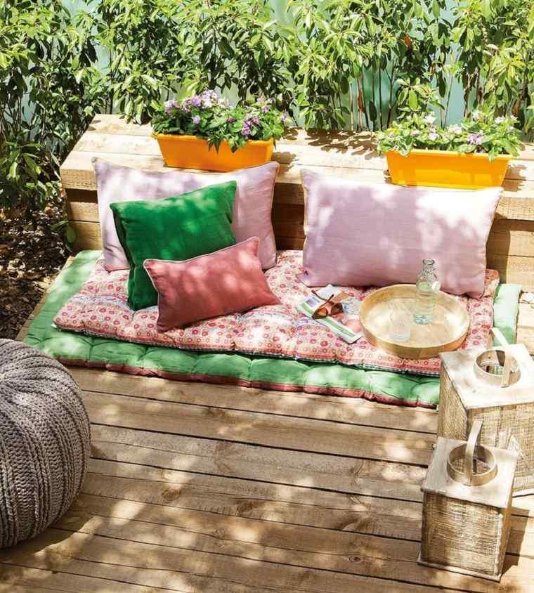 decoración terraza cojines telas