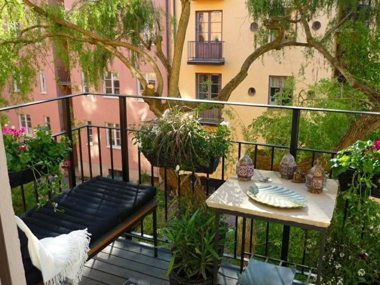 Decorar balcones peque os con estilo 40 ideas en fotos - Decoracion de balcones con plantas ...