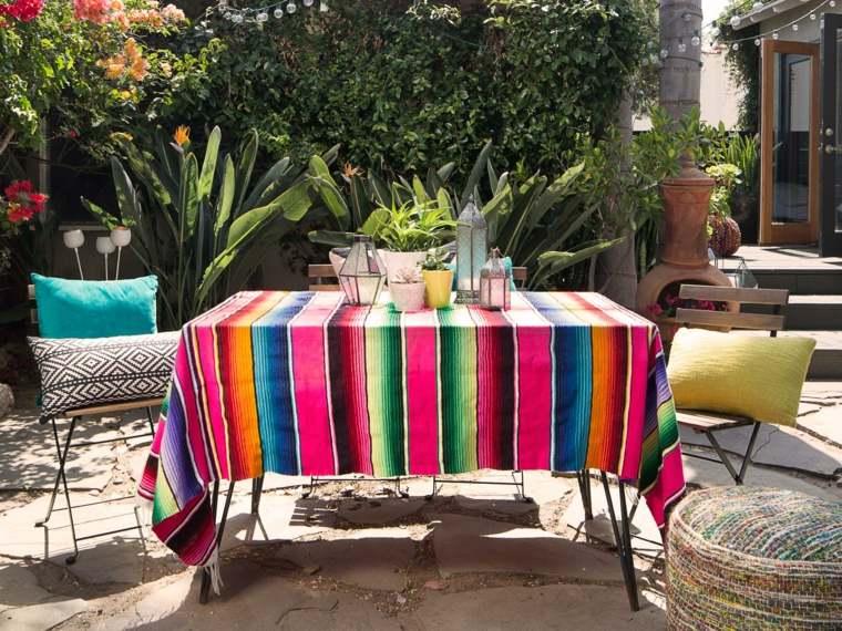 decorar terrazas barato mantel colorido mesa ideas