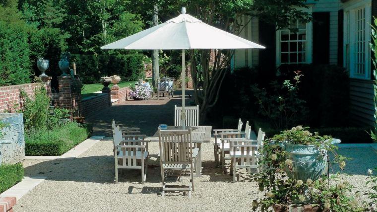 decorar terrazas barato muebles madera sombrilla ideas