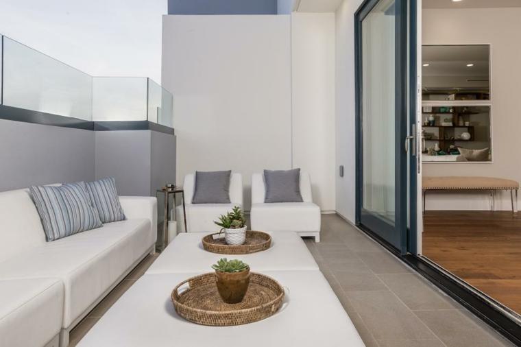 decorar terrazas ideas blanco sofa centros mesa