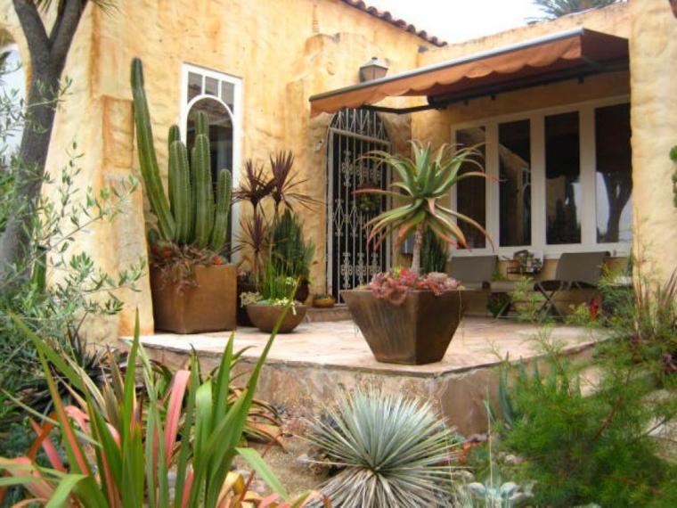 decorar terrazas ideas pequena rustica cactus