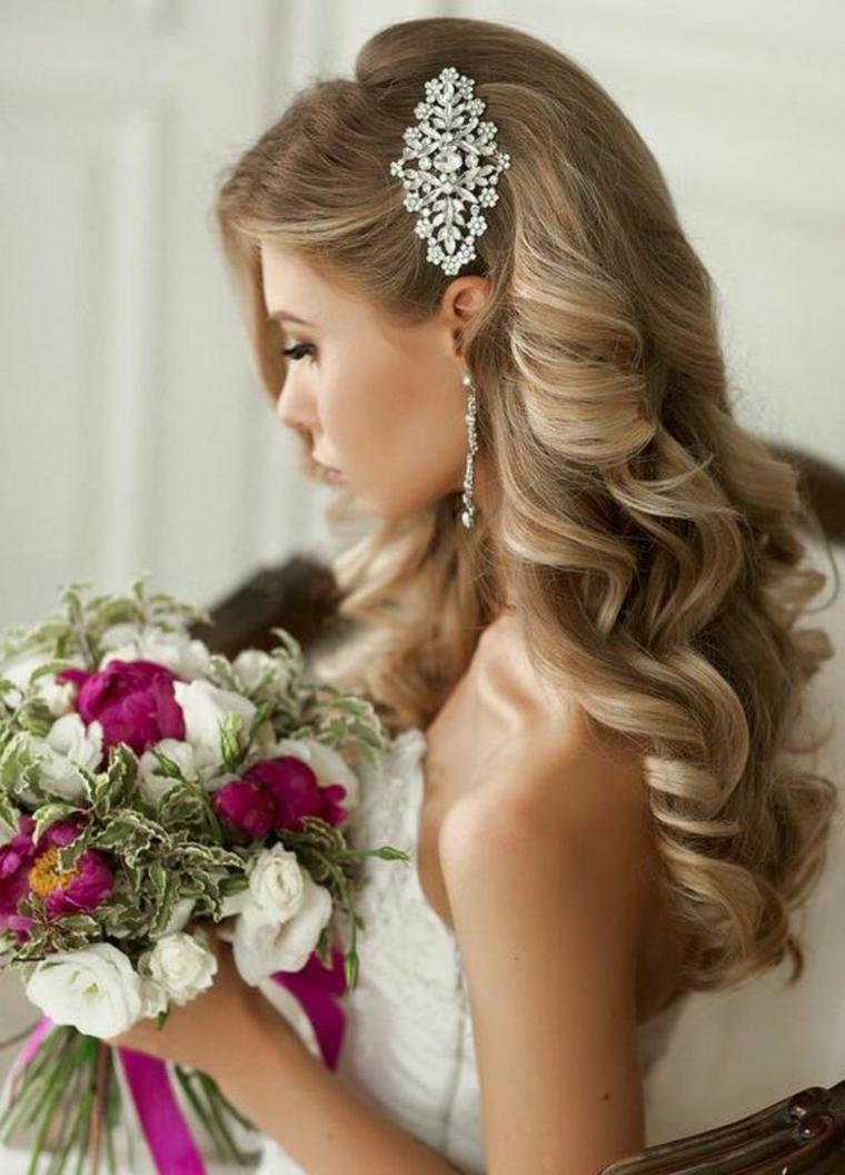 detalles joyas pelo novia rizado ideas