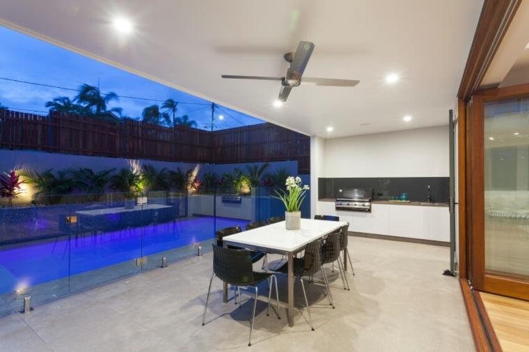 diseño cerrado parcial espacio piscinas colores