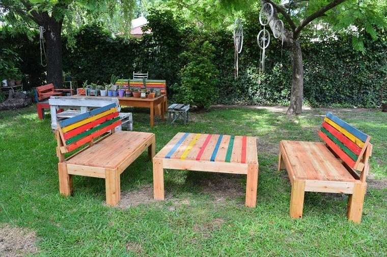 Terrazas con palets m s ideas para la decoraci n de for Muebles jardin madera palet