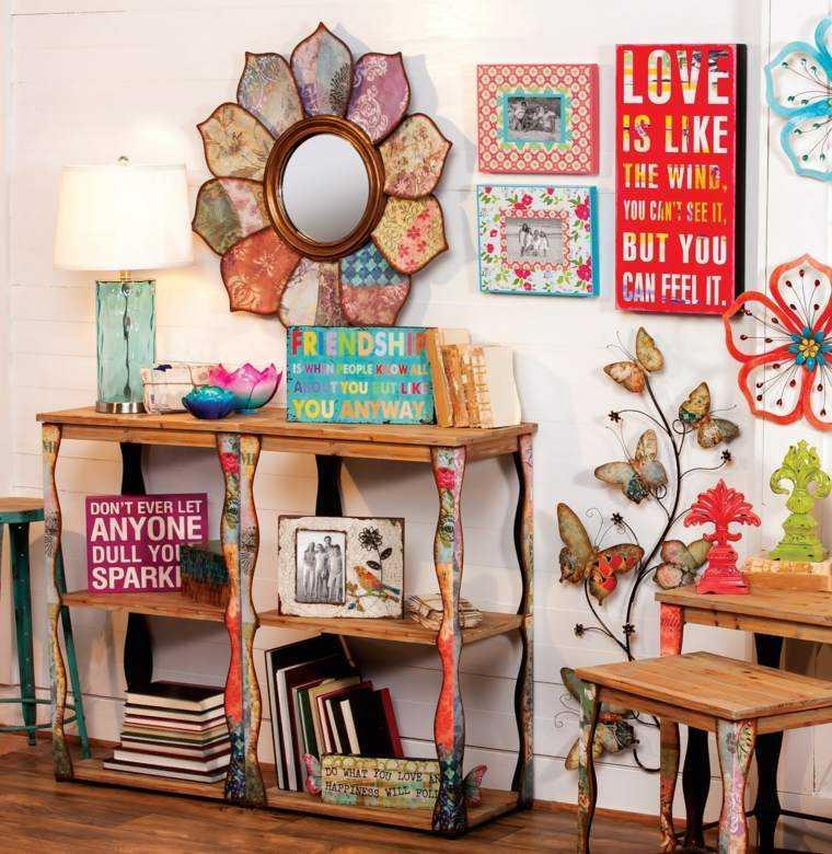entrada principal colorida muebles madera divertidas