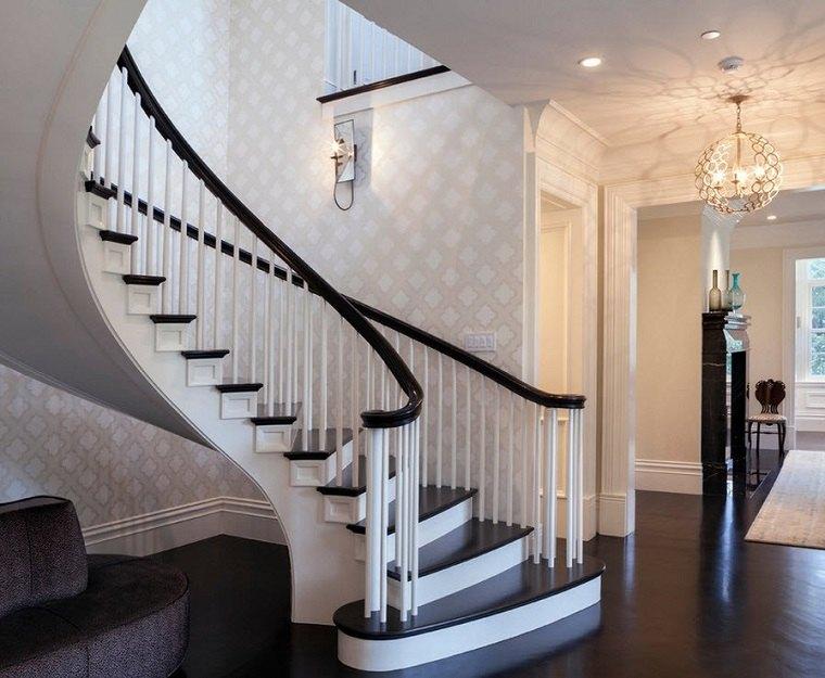 Escaleras de interior modernas 40 ideas para elevar el for Casa clasica moderna interiores