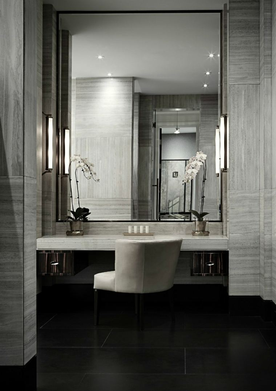 Espejos de ba o grandes para decorar el interior for Espejo grande pared