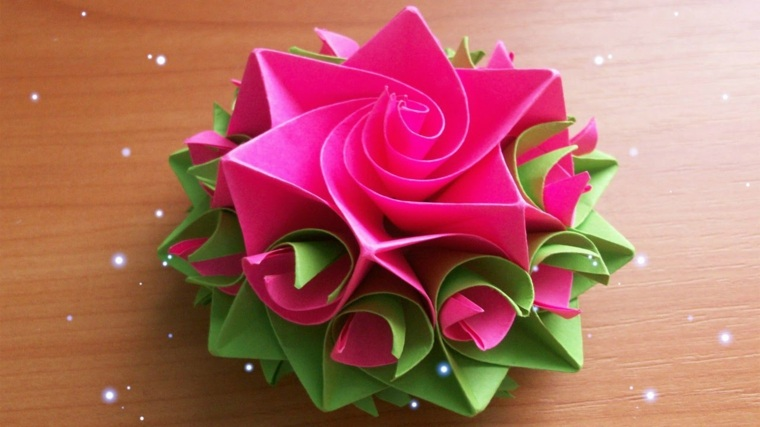 Flores de papel para decorar el interior de vuestra casa for Rosas de papel