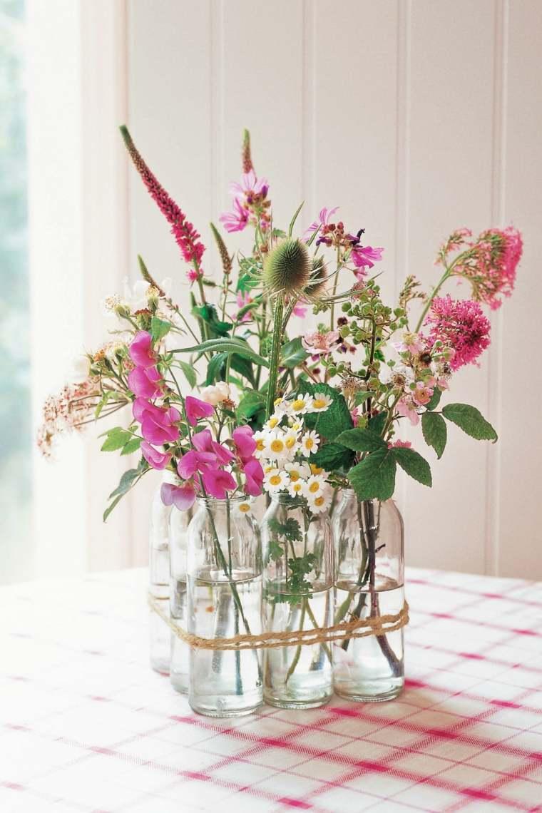 flores silvestres botellas cristal centro mesa ideas