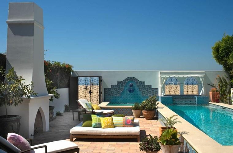 ideas para decorar jardin chimenea exterior estilo mediterraneo moderno