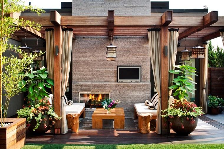 Ideas para decorar el jard n con chimenea al aire libre for Ideas para decorar el jardin