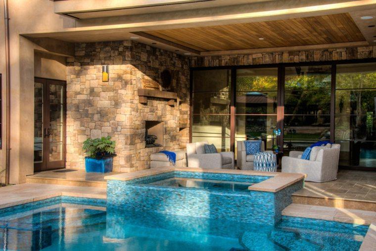 ideas para decorar jardin chimenea exterior piscina moderno
