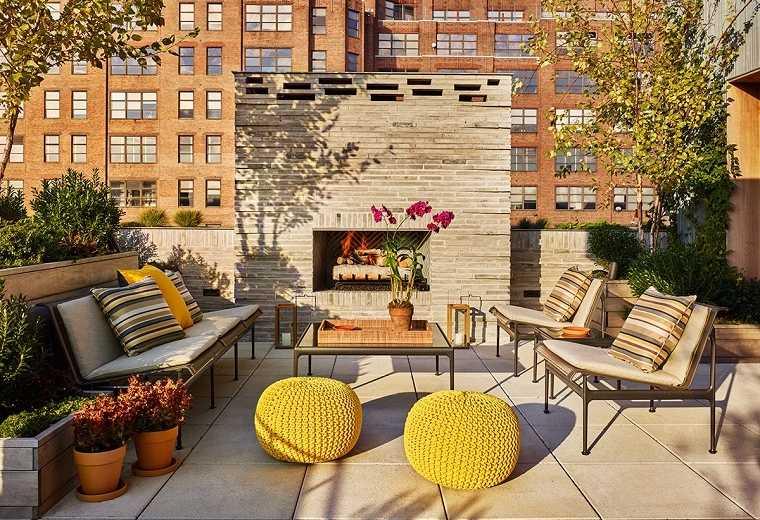 ideas-para-decorar-jardin-chimenea-exterior-studio-M