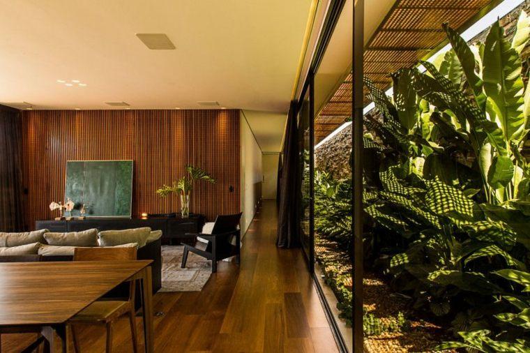 interior calido especial madera naturaleza patio
