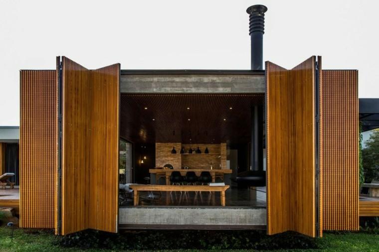 Interiores de casas dise o abierto hacia el exterior casa mcny - Puertas de casa interior ...