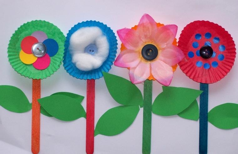 manualidades para niños diseño flores algodon coloridas