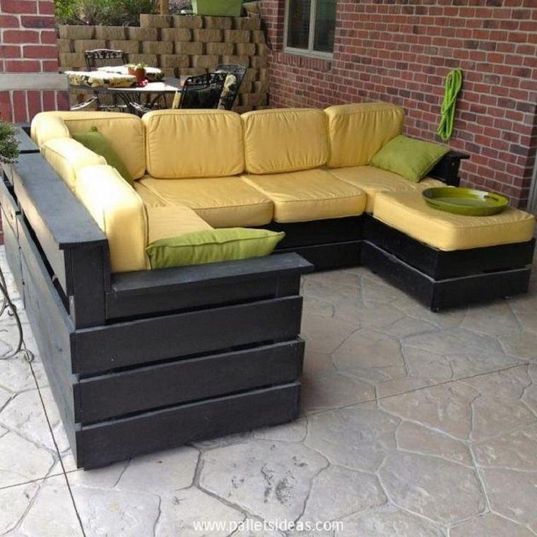 Terrazas con palets m s ideas para la decoraci n de primavera - Sofa de palets ...