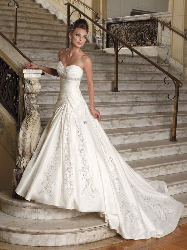 novias vestidos modernos