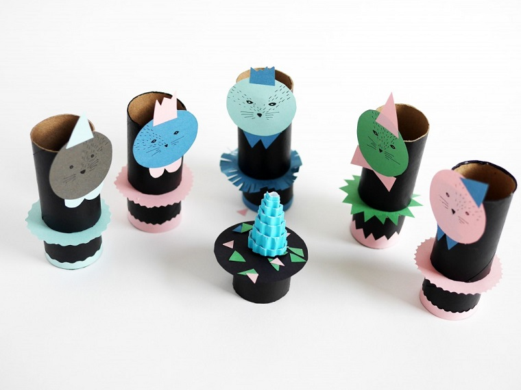 originales gatitos tubos cartón