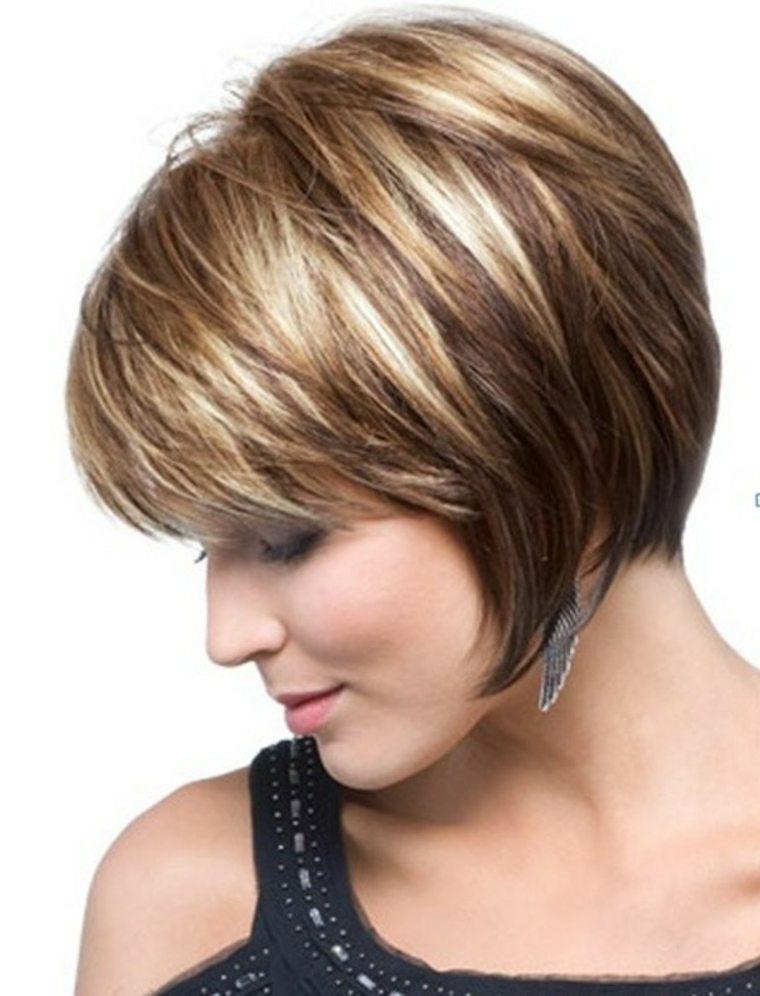 peinados fáciles pelo corto mujer moderna
