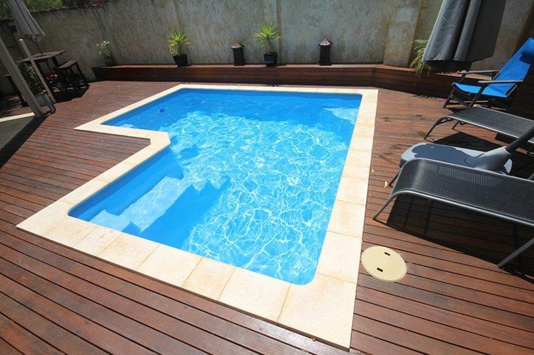 pequeñas piscinas
